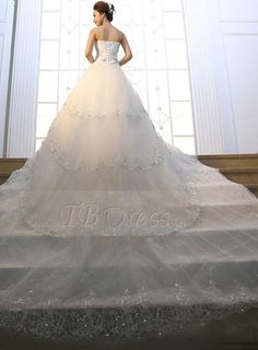 Gorgeous A-Line Sweetheart Crystal Tiered Cathedral Train Wedding Dress http://www.tbdress.com/product/Gorgeous-A-Line-Sweetheart-Crystal-Tiered-Cathedral-Train-Wedding-Dress-11035403.html