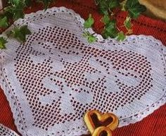Risultati immagini per cuscino filet con cuore