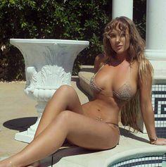 Clarkson body kelly sexy