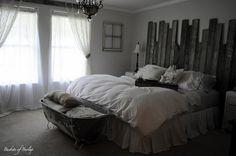 Guest Bedroom Decor - http://ideasforho.me/guest-bedroom-decor/ -  #home decor #design #home decor ideas #living room #bedroom #kitchen #bathroom #interior ideas