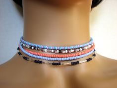Enjoy a simple, dainty look with a single strand choker necklace of small seed bead.This listing is for one seed bead choker necklace in your choice of colors. Beaded Chocker, Beaded Choker Necklace, Emerald Necklace, Beaded Anklets, Seed Bead Necklace, Diy Necklace, Seed Beads, Beaded Jewelry, Gothic Jewelry