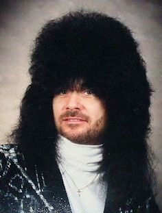 Ever wonder what your favorite NASCAR Sprint Cup driver would look like if it were the Take a gander at your driver transported back to the decadent decade. NASCAR Drivers in the Bad Hair Day, Hair Fails, Awkward Family Photos, Awkward Pictures, Funny Pictures, Hilarious Photos, Glamour Shots, Hair Raising, Hairspray