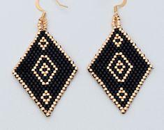 Dangling earrings,beaded earrings,ethnic earrings,delica beads earrings,geometric earrings,boho earrings,southwestern earrings