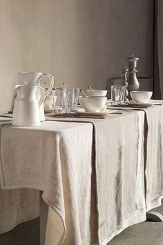 My love for French things is overwhelming at times. I love the feeling of clean pieces mixed with a serious sense of history. Stone walls make me weak in the knees! Cote Bastide captures this feeling for me every time- perfectly. images via cote bastide Linen Tablecloth, Table Linens, Tablecloth Ideas, Linen Napkins, Tablecloths, Ideas Para Organizar, Transitional House, Linens And Lace, Deco Table