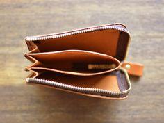ポケットマルチケース(GS-32)はファスナー式でカードケース・ミニウォレット・小物入れとしても使えるマルチな革小物です「HERZ(ヘルツ)公式通販」