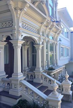 18 trendy Ideas for house exterior victorian architecture Victorian Architecture, Beautiful Architecture, Beautiful Buildings, Architecture Details, Beautiful Homes, House Architecture, Exterior Design, Interior And Exterior, San Francisco Houses