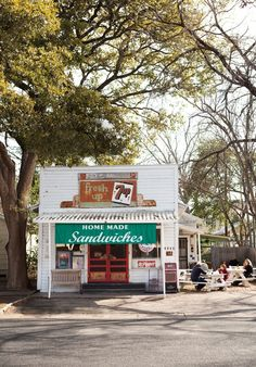 37 vintage bakery shop store fronts window displays - Savvy Ways About Things Can Teach Us Old General Stores, Old Country Stores, Austin Texas, Visit Austin, Texas Usa, Store Front Windows, Vintage Bakery, Into The West, Sandwich Shops