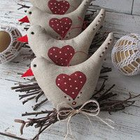 Prodané zboží | Fler.cz Christmas Sewing, Christmas Crafts For Kids, Christmas Projects, Easter Crafts, Fabric Animals, Fabric Birds, Farm Crafts, Diy And Crafts, Sewing Crafts