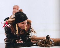 G-dragon one of a kind | SCANS] G-DRAGON's COLLECTION 'ONE OF A KIND' Photobook - big-bang ...