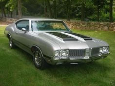 1970 Oldsmobile 442 <3 I told Ty I WILL own one of these one day!