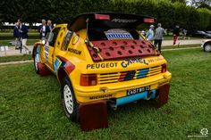 Peugeot 205 Grand Raid à Chantilly Arts et Elegance #MoteuràSouvenirs Reportage :  http://newsdanciennes.com/2016/09/05/chantilly-arts-et-elegance-2016-creme-creme/ #ClassicCar #VintageCar #Voiture #Ancienne