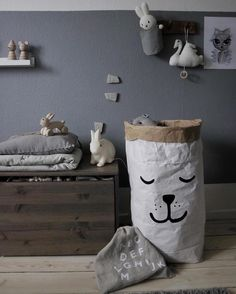 Storage from Tellkiddo Sleeping Bear Photo by lovely @mitliversmukt
