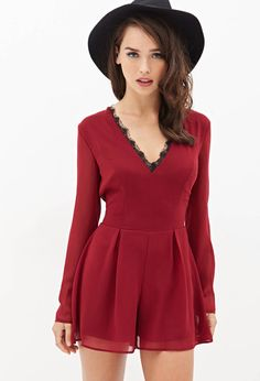 Love it! This and a pair of black or dark grey thinghts and some nice boots! A perf christmas look...