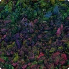 Rastawool: 68% Wool/Lã, 32% Acrylic/Acrílico. Needles/Agulhas 10 (USA 15). Weight/Gramagem 100g = 43m (3.5oz = 47yds)