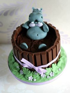 Hippo cake! Such a funny cute cake!