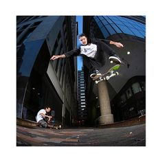 Luan de Oliveira BS Flip #LuanOliveira #BacksideKickflip #BSFlip #Kickflip #NYC #NewYork #skateboard #skateboarding #skate #skate #titus