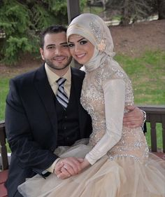 Mabrouk to the lovely @ruruhamoud wishing you happiness and Allah's blessings X #thehijabbride #modestbride #modestfashion #muslimbride #muslimfashion #engagement