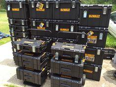 Dewalt Tough System Workshop Design, Workshop Storage, Workshop Organization, Garage Workshop, Dewalt Storage, Tool Storage, Garage Storage, Dewalt Tstak, Dewalt Tools