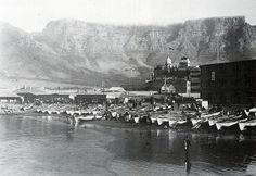 View of Table Mountain from the Fishing Harbour at Rogge Bay, early Cities In Africa, Table Mountain, Most Beautiful Cities, African History, Travel Photography, Vintage Photography, Cape Town, Old Photos, Wonders Of The World