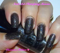 Nail Art Stamping Mania: Essence Trend Edition Rock Out Review And Swatches  02 Best Hip Hop http://nailartstampingmania.blogspot.it/2014/10/essence-trend-edition-rock-out-review.html