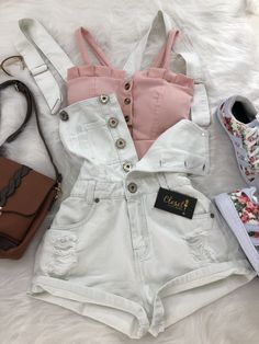 32 adorable womens outfits the best outfit ideas Teenager Outfits adorable ideas outfit Outfits womens Teen Fashion Outfits, Cute Fashion, Outfits For Teens, Ladies Outfits, Dress Outfits, Fashion Ideas, Baby Outfits, Ladies Fashion, Fashion Dresses