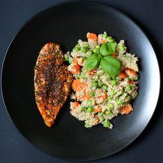 Komosa ryżowa z groszkiem i marchewką