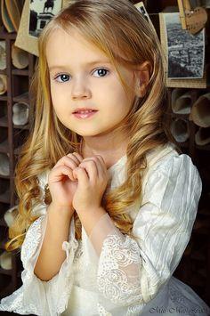 "Anastasia Orub (born May 15, 2008) Russian child model. Photo by ""Mur-Mur Foto""."