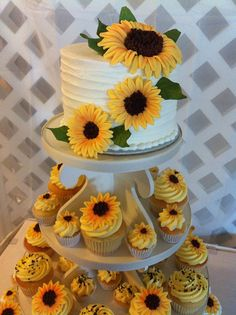 ✔ 26 perfect sunflower wedding bouquet ideas for summer wedding wedding cakes and custom cakes for all occasions. Delicious and creative cupcakes. Sugar Refined Bake Shop, serving North Central Florida and beyond.I like how the cake Sunflower Cupcakes, Sunflower Party, Sunflower Baby Showers, Sunflower Cake Ideas, Sunflower Birthday Parties, 1st Birthday Parties, Cupcakes Cool, Wedding Cake Cupcakes, Lemon Cupcakes