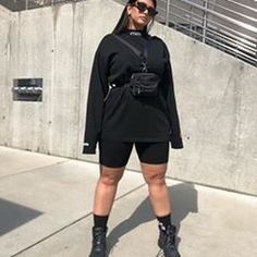 """La'Tecia Thomas So, where are the streetwear plus size stylists at❔👁🗨. - - La'Tecia Thomas So, where are the streetwear plus size stylists at❔👁🗨🌪"""" Source by borayantu Curvy Girl Outfits, Edgy Outfits, Grunge Outfits, Plus Size Outfits, Fashion Outfits, Fresh Outfits, 90s Grunge, Streetwear Mode, Streetwear Fashion"""