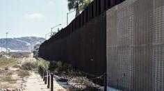 Firendship Park, San Diego. Le mur qui sépare San Diego (Californie) et Tijuana au Mexique a été construit en 1994.©doc rv