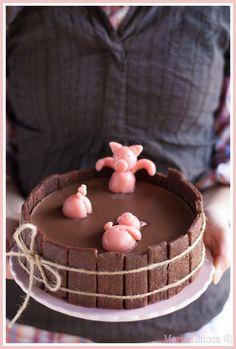 Le gâteau d'anniversaire « Bain des 3 petits cochons »  ( IG Bas, Sans Lait )