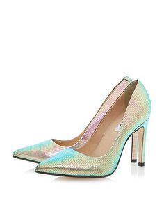 Aonda Pointed Toe Court  Shoe