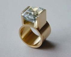 Jacques Troalen, Quebec Canada: ring, 18k with acquamarine
