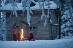 Im Schnee mit Loden. Home Decor, Snow, Decoration Home, Room Decor, Interior Design, Home Interiors, Interior Decorating