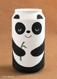 Oso panda en lata de refresco