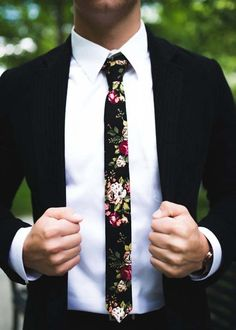 Skinny Floral Tie And Suit
