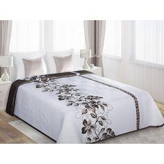 Obojstranná prikrývka na manželskú posteľ bielej farby s hnedými kvetmi