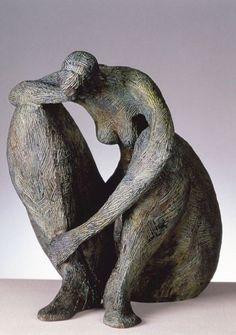 Marie-Madeleine Gautier. (1956- ). Formée à l'Ecole des Beaux-Arts de Paris, elle explore sans relâche le corps féminin, jouant de ses contrastes, exprimant à la fois sa force et sa fragilité, le transformant en idoles primitives, à la recherche d'un idéal. + dans l'album-photos http://on.fb.me/1HSjVUG