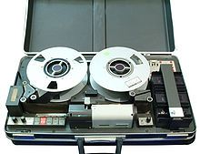 First portable VTR AMPEX VR-3000 suitcase size 1967