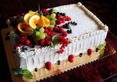 Kolorowo - torcikowo: Przegląd tortów - dekoracje 3 Wedding Sheet Cakes, Fruit Wedding Cake, Birthday Sheet Cakes, Sheet Cakes Decorated, Cake Decorated With Fruit, Strawberry Cake Decorations, Chocolate Decorations, Creative Cake Decorating, Birthday Cake Decorating