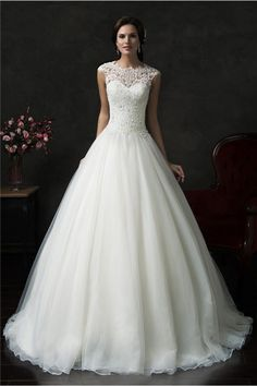 Beautiful Ball Gown Cap Sleeve Organza Lace Wedding Dress With Jacket