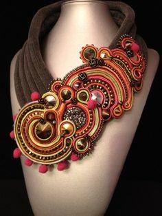 """collier """" haute-couture """" collection KOKO """"airain' kaze"""""""