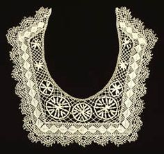 child's collar combining both Cluny and Torchon bobbin lace techniques