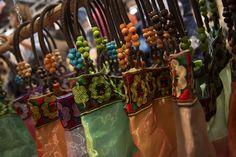 Materiali raffinati e colori sgargianti: ecco a voi AF! #borse #handmade #Artimondo