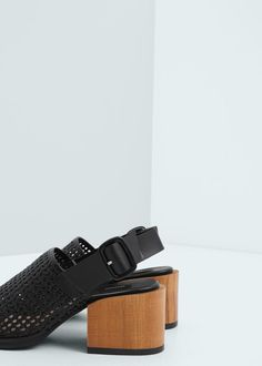Sandalia tacón contraste | MANGO