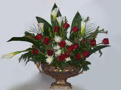 Mixed rose, Calla Lily & Mum Arrangement