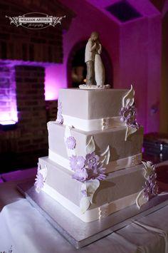 Orlando wedding….Lighting up the cake at Bella Collina in Orlando. Lighting by Soundwave, djsoundwave.net