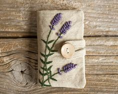 Linen and Cotton Tea Wallet with Hand Embroidered by Yanettine
