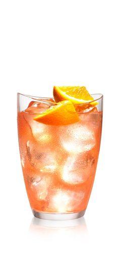 SVEDKA Vodka Cocktail – Drink recipe - APERATIVO COLADA