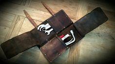 Comprar bolsa de cambios en cuero, encerado y envejecido. Totalmente hecho a mano con remaches y costuras. 2 compartimientos grandes con abierto mide